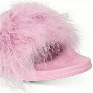 INC Pink Fluffy Feather Slippers Sz Large 9/10 NWT